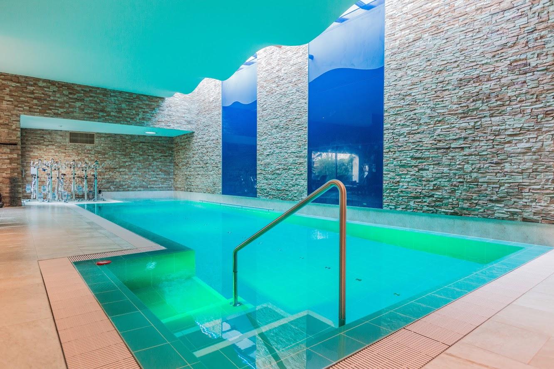 Guide de l h tellerie suisse for Chexbres piscine