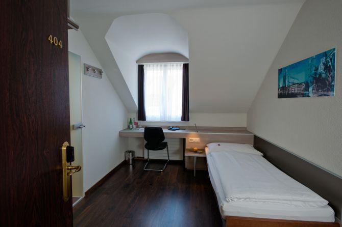 Einzelzimmer - Hotel Alexander