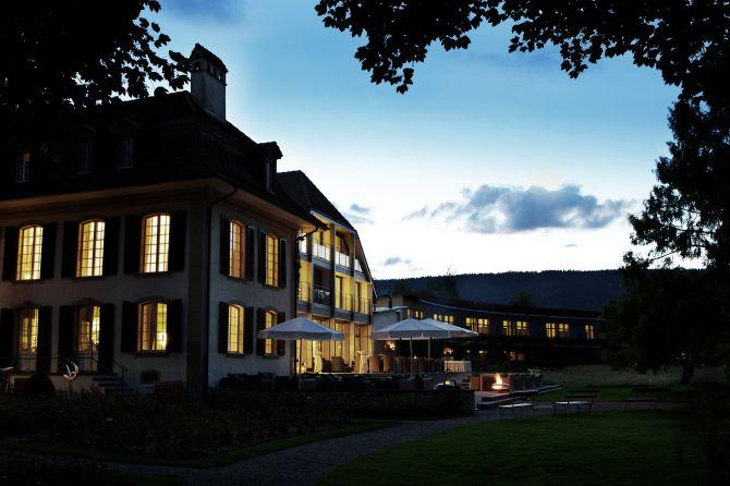 Schloss Hünigen am Abend