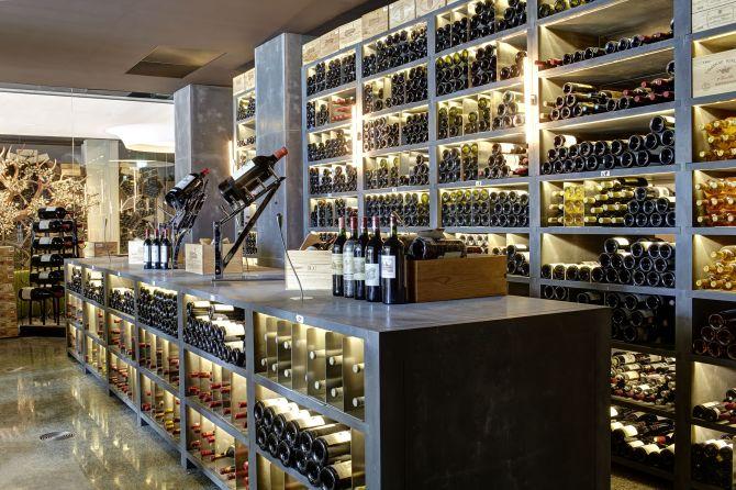 Weinkeller Frankreich