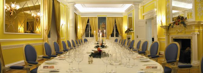 Meeting & Banqueting Room