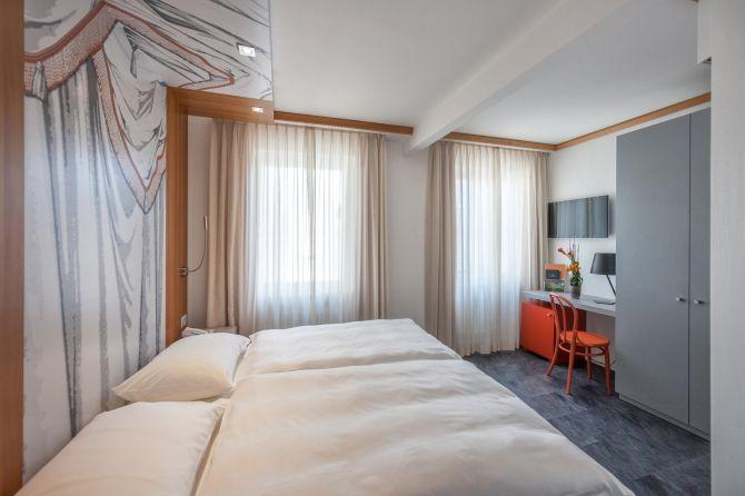 Doppelzimmer mit Dorfsicht