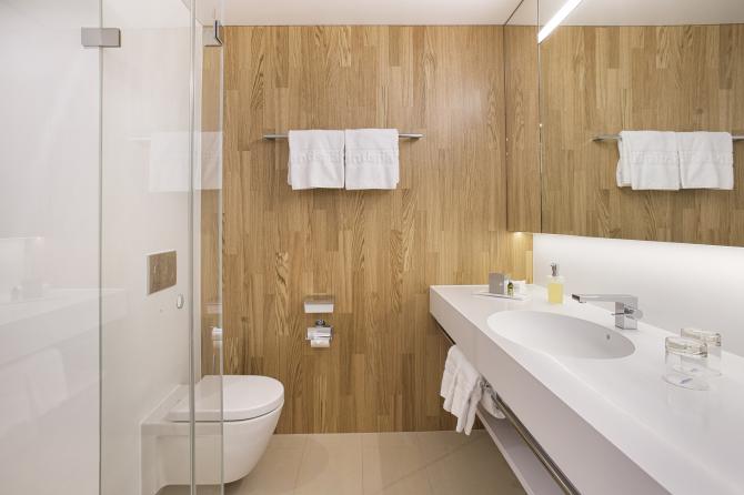 Badezimmer Wohlfühlzimmer Haus Säntis