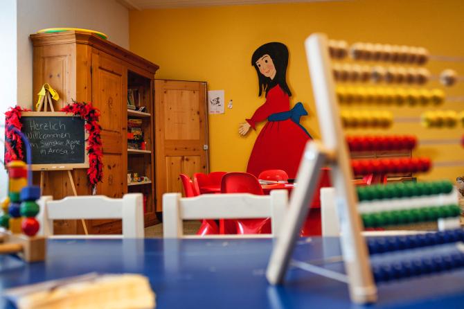 Children's Play Room - Sunstar Familienhotel Arosa