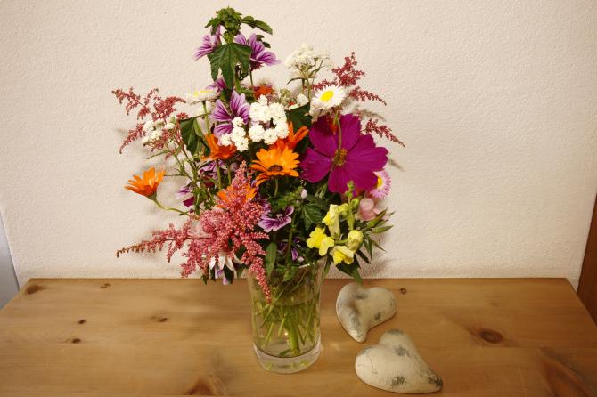 Reception, Blumenstrauss mit Blumen aus dem eigenen Garten