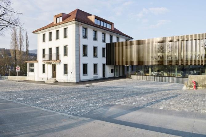 Aussenansicht Hotel Kettenbrücke