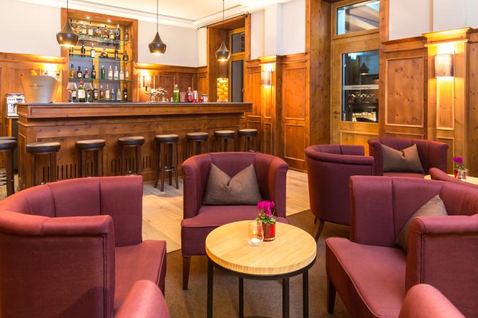 The Alpina Bar