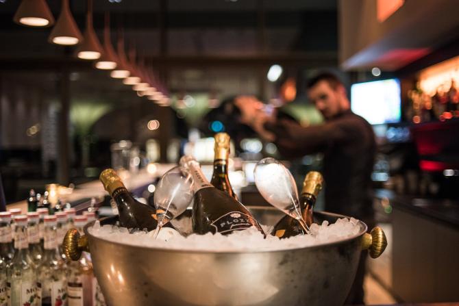 Deltalounge-Bar