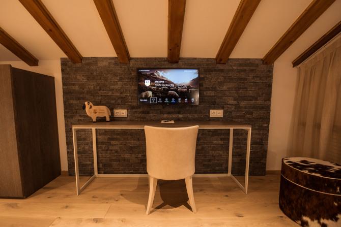 Alpine Roof Suite