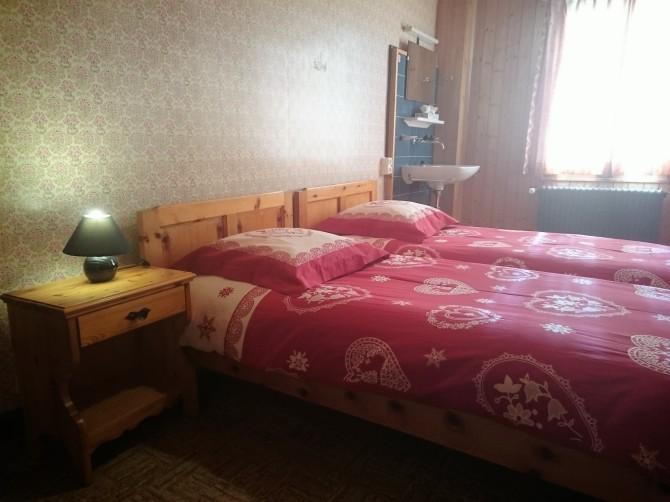 Chambre double, deux lits