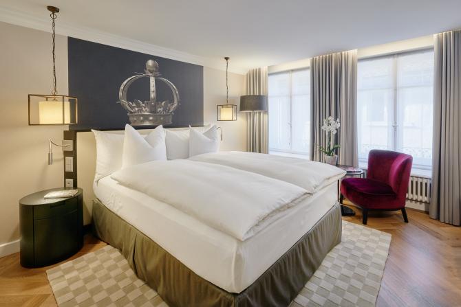 Standard Queensize Zimmer