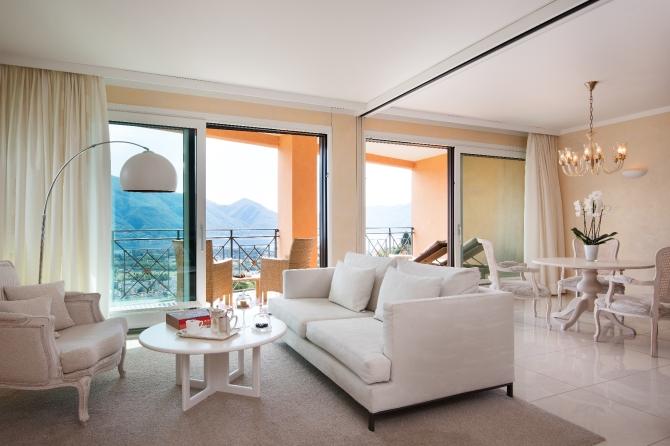 Panorama Corner Suite