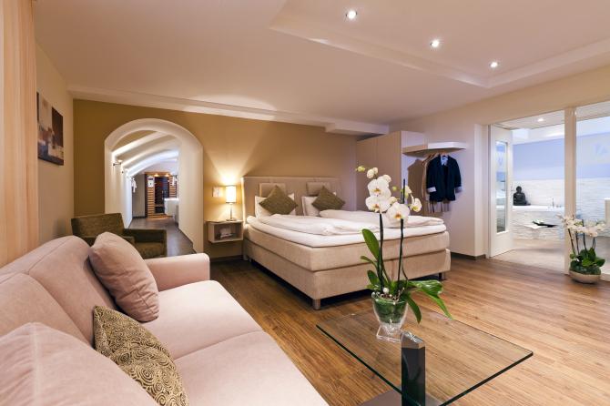 Spa Suite Wohn- & Schlafbereich