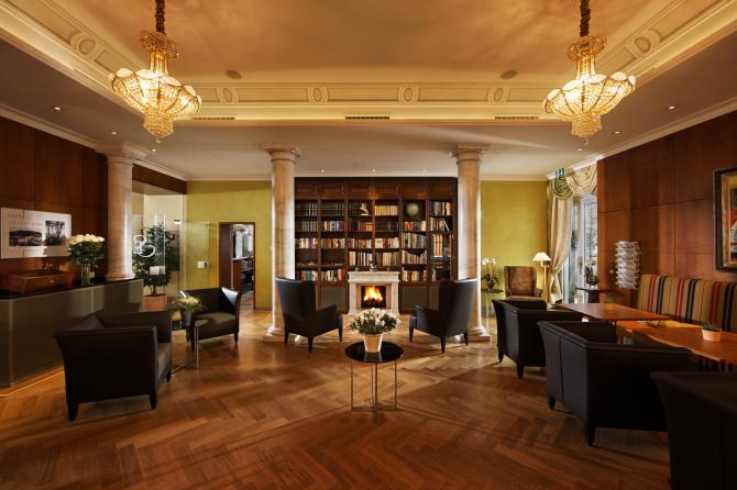 Hotel Eden Spiez - Bibliothek