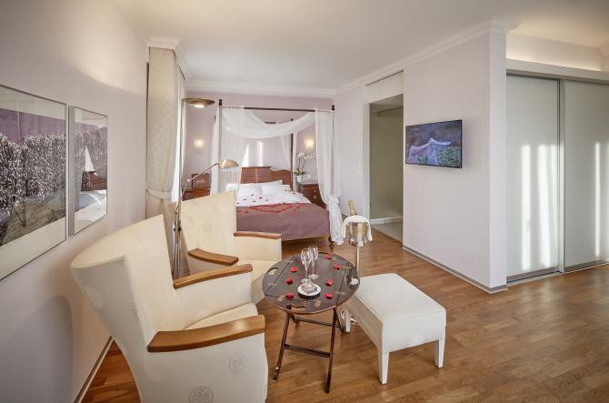 Hotel Eden Spiez - Superior Doppelzimmer mit Romantic Set-up