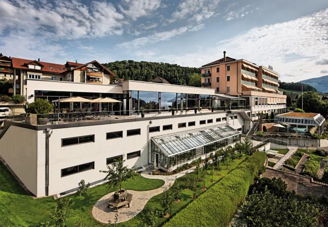 Hotel Eden Spiez - Aussenansicht mit Tagungszentrum