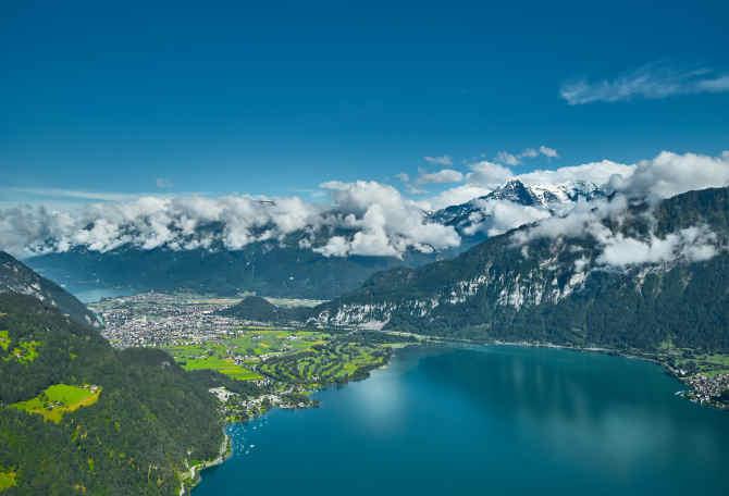 Luftbild Richtung Interlaken