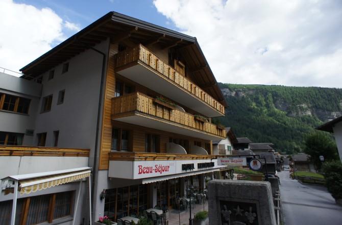 Aussenansicht Hotel Beau-Séjour