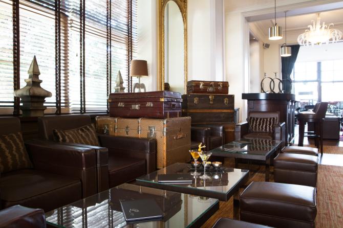 LP's Bar