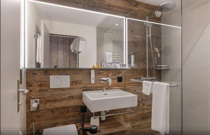 Sunstar Hotel Davos Premium Badezimmer