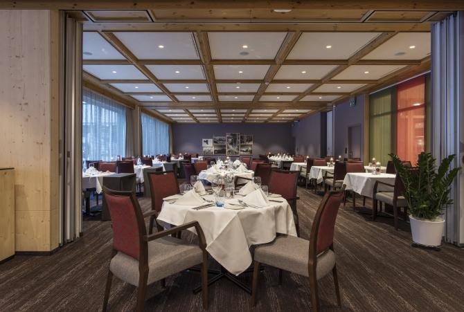 Restaurant Ambiance - Sunstar Hotel Grindelwald