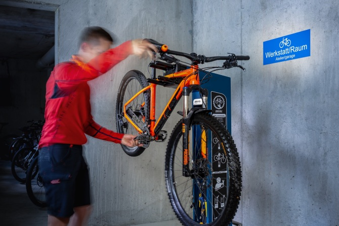 Bike Wasch- und Reparaturplatz