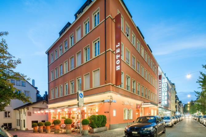 Hotel Zürcherhof Aussenansicht Sommer