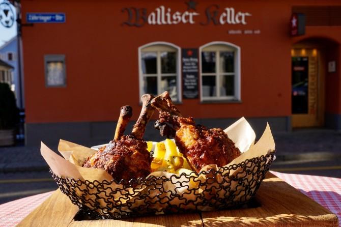 Tinu's Güggeli im Chörbli / crispy Chicken Basket