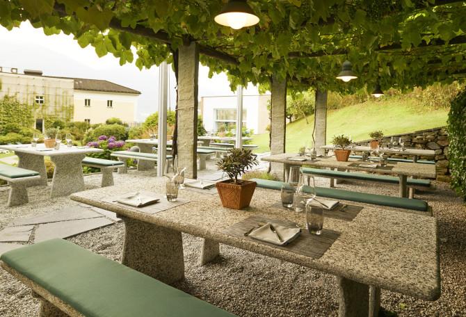 Grotto Garden Restaurant