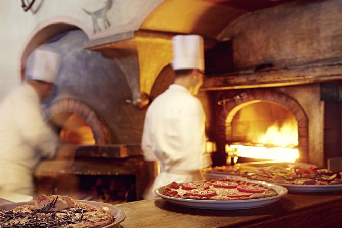 Chesa Veglia - Pizzeria Heuboden
