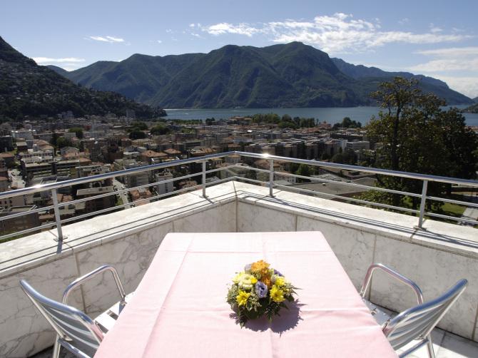 Premium Suite Lake View (60-80 mq)