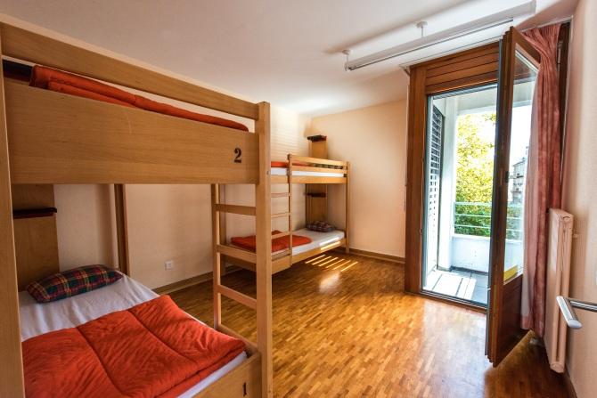 Chambres à quatre lits